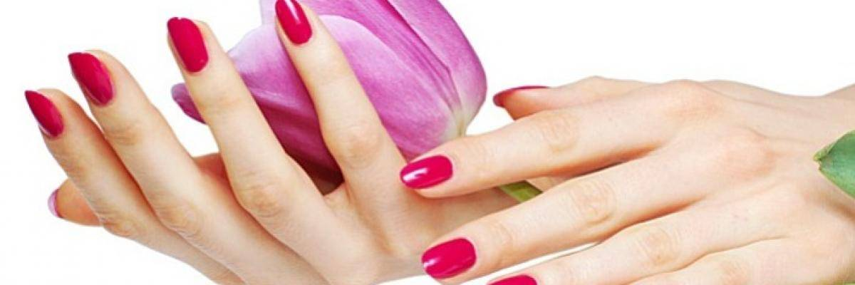Corso smalto semipermanente applicazione e decorazione for Decorazione e applicazione unghie finte